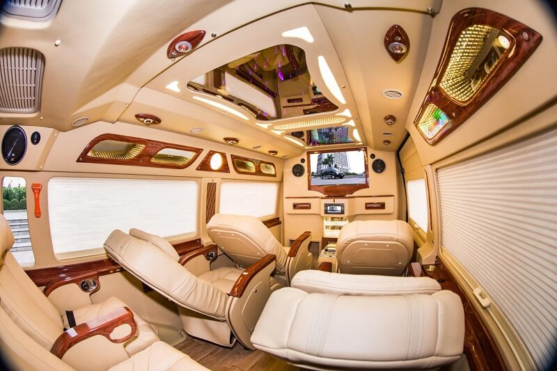 review-xe-limousine-di-da-lat